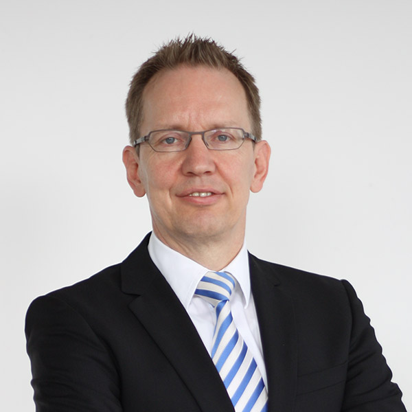 Dr. Bernd Hartmann
